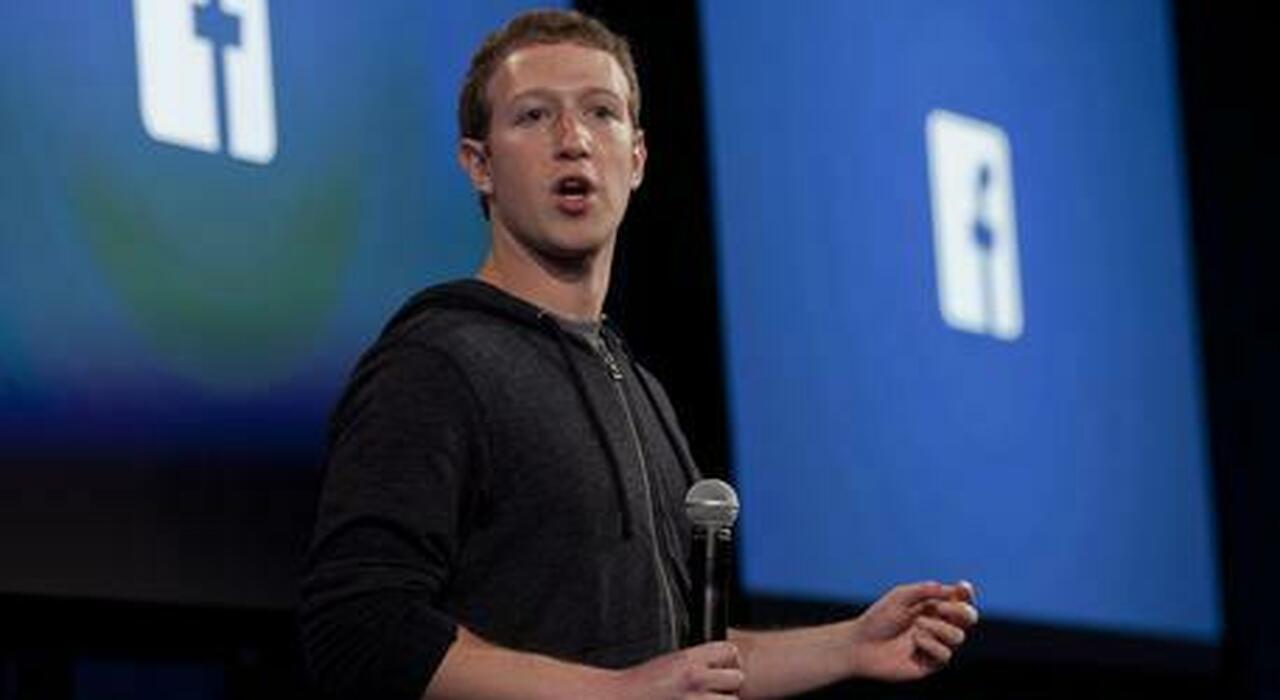 Facebook, Zuckerberg costretto alle dimissioni? Il colosso trema dopo l'ultimo scandalo
