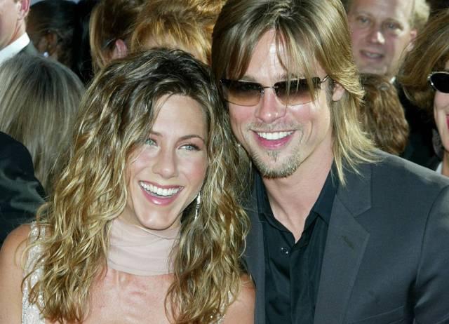 Brad Pitt invita a cena l'ex moglie Jennifer Aniston: ecco cosa le ha risposto…