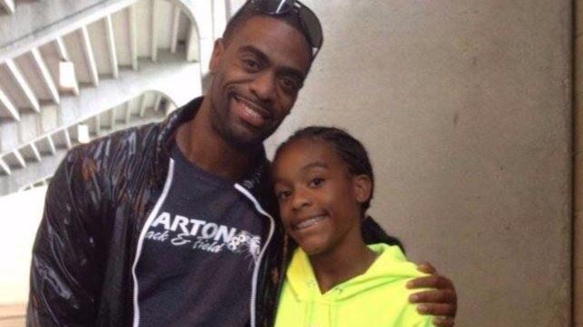Usa, sparatoria in un fast food: la figlia 15enne del velocista Tyson Gay uccisa da una pallottola vagante