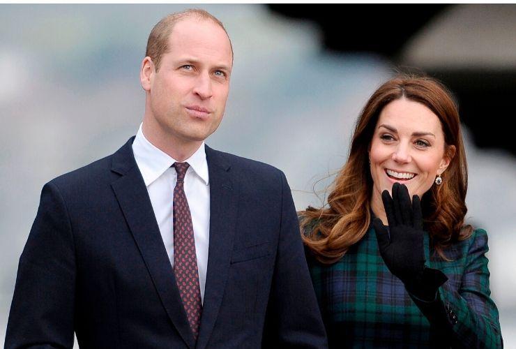 William e Kate niente Natale con la Regina, Cenone ristretto anche per la Famiglia Reale