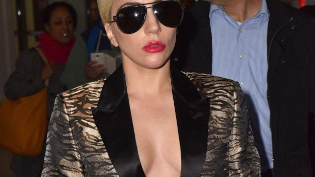 Lady Gaga, déco. lleté generoso a Parigi