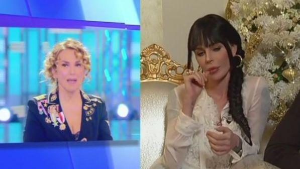 """Nina Moric scende in campo per Lapo Elkann in tv: """"Lo difendo, sta attraversando un momento difficile"""""""