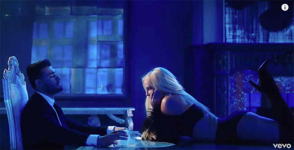 Britney Spears, pazza d?amore per il suo personal trainer Sam