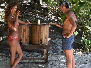 Isola dei famosi, convivenza difficile per i primitivi Eva e Moreno