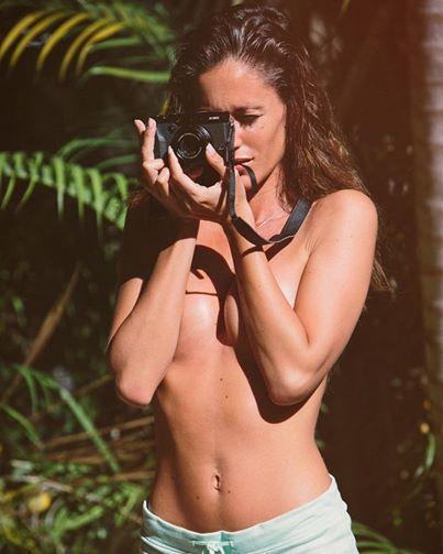Gracia de Torres turista sen. za ve. li, scatta la foto e lo sl. ip va giù…