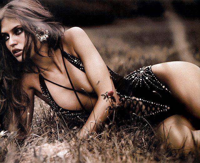 Bianca Balti, che schianto! È lei la più bella tra le belle di Sports Illustrated