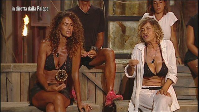 """L?Isola dei Famosi, Samantha De Grenet: """"Mi dispiace che Eva se la sia presa"""""""