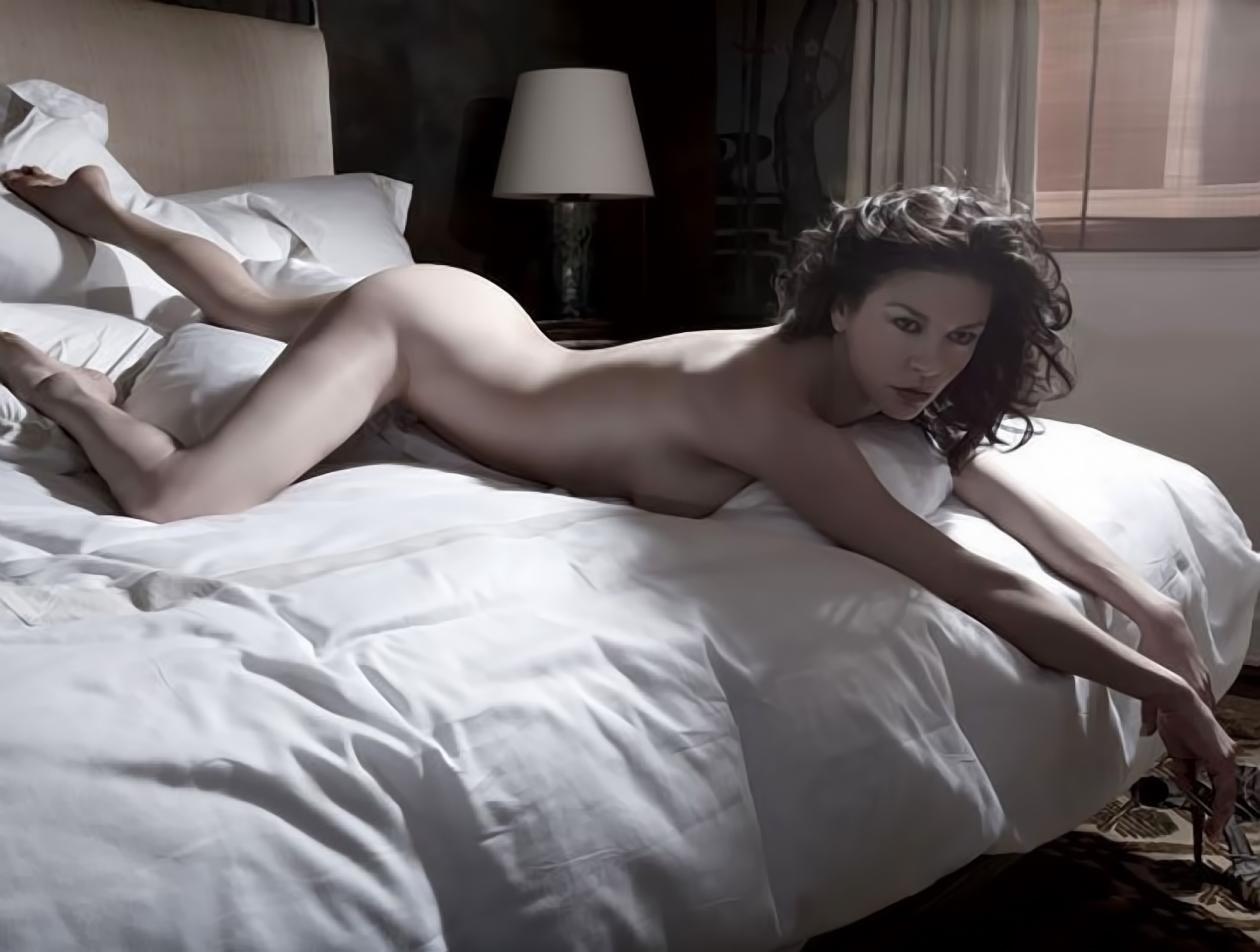 Ecco l'immenso guardaroba di Catherine Zeta Jones
