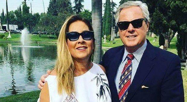 Giletti, imbarazzo con Romina Power: gaffe su Ylenia Carrisi, poi le scuse