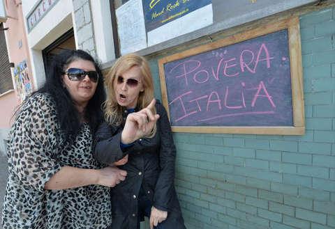 """Maurizia Paradiso choc: """"Costretta a prostituirmi. Non prendo più i farmaci per protesta"""""""