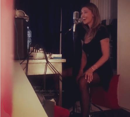 Belen Rodriguez  Karaoke