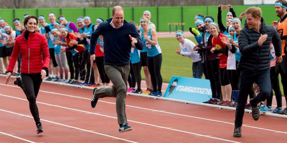 William, Kate e Harry corrono per beneficenza: il video fa il giro del web
