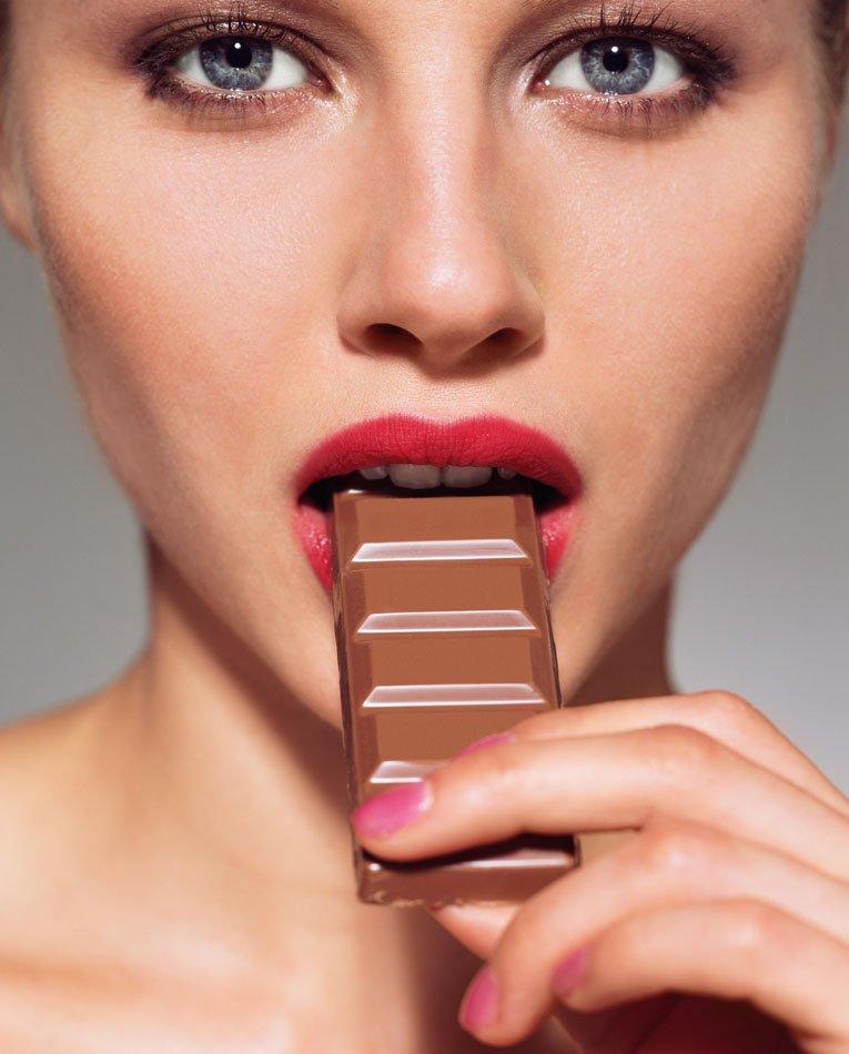 Diet to go, il falso mito da sfatare sul cioccolato fondente: cosa dice la scienza