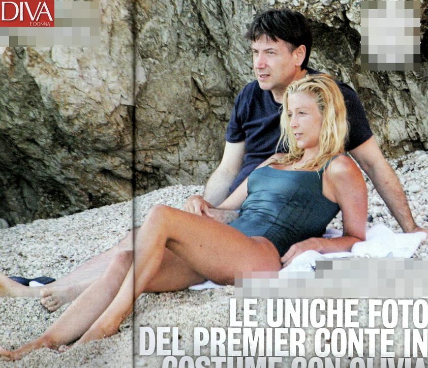 Per Giuseppe Conte è tempo di relax al mare con Olivia Paladino