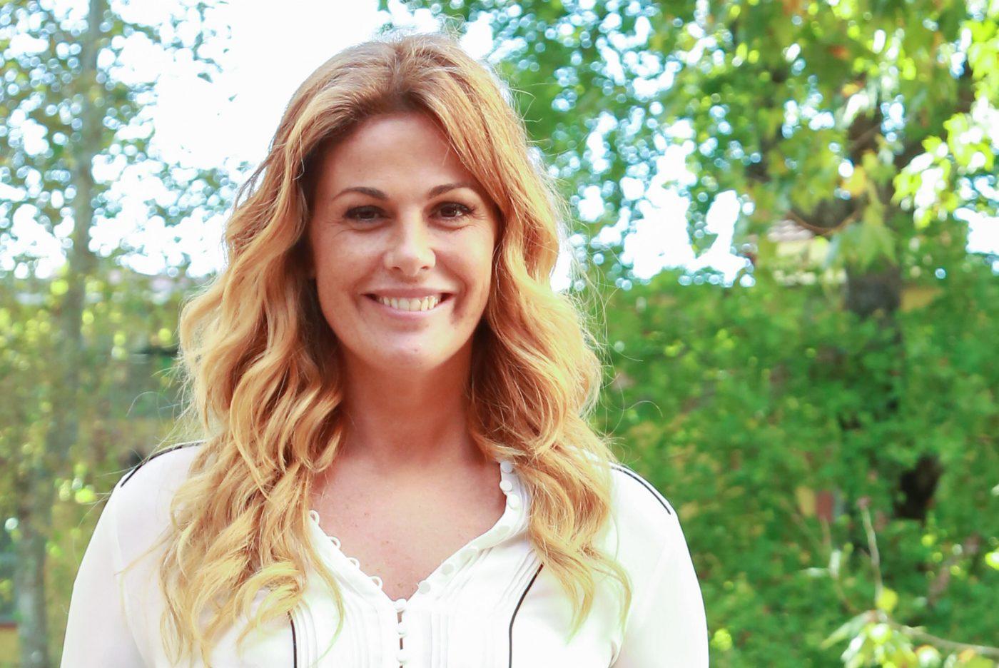 Vanessa Incontrada, la foto al naturale fa esplodere i social: Gigi D'Alessio e i vip commentano